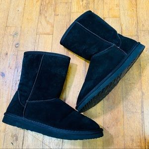 EUC No Brand Tag Leather Pull On Faux Sherpa Lined Boots Black Size 7